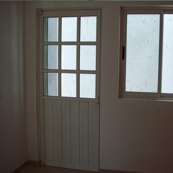 Puertas y ventanas de aluminio a medida car interior design for Fabrica de puertas de aluminio